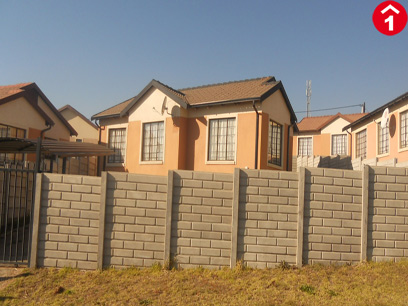Standard Bank EasySell 3 Bedroom House For Sale in Mahube Valley - MR029394