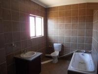 Bathroom 1 - 12 square meters of property in Kosmosdal