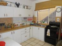 Kitchen - 12 square meters of property in Tamboerskloof