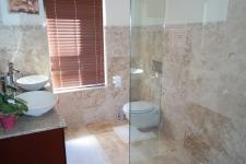Bathroom 1 - 8 square meters of property in Bettys Bay