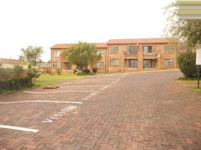 Standard Bank EasySell 2 Bedroom Sectional Title for Sale For Sale in Little Falls - MR029649