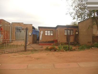Standard Bank Repossessed 2 Bedroom House for Sale For Sale in Katlehong - MR029737