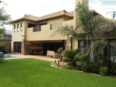 4 Bedroom House for Sale and to Rent For Sale in Zwartkops Golf Estate - Private Sale - MR029751