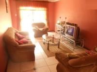 Lounges - 18 square meters of property in Ennerdale