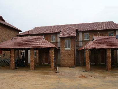 1 Bedroom Simplex for Sale For Sale in Silver Lakes Golf Estate - Private Sale - MR03183