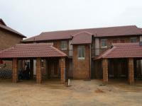 1 Bedroom 1 Bathroom in Silver Lakes Estate