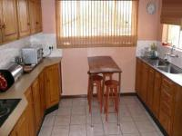 Kitchen - 17 square meters of property in Mountain View