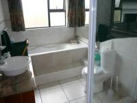 Bathroom 1 - 8 square meters of property in Zwartkop