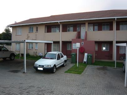 2 Bedroom Simplex for Sale For Sale in Kempton Park - Home Sell - MR03228
