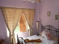 Bed Room 3 - 12 square meters of property in Dorandia