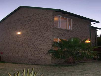 2 Bedroom Duplex For Sale in Kempton Park - Home Sell - MR03275