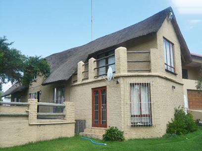 4 Bedroom House for Sale For Sale in Midrand - Private Sale - MR03290