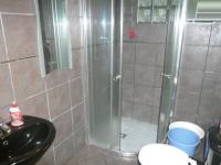 Main Bathroom - 3 square meters of property in Woodstock