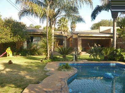 3 Bedroom House For Sale in Kempton Park - Home Sell - MR03376