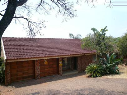 Standard Bank Repossessed 3 Bedroom House on online auction in Florauna - MR03448