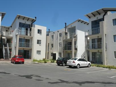 Standard Bank Repossessed 2 Bedroom Simplex for Sale For Sale in Strand - MR03459