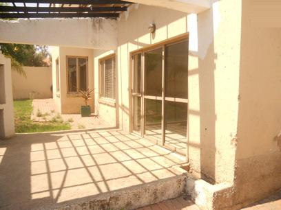 Standard Bank EasySell 3 Bedroom House for Sale in North Riding A.H. - MR03523