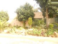 4 Bedroom 1 Bathroom in Atholl