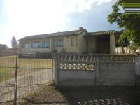 3 Bedroom 1 Bathroom in Uitenhage