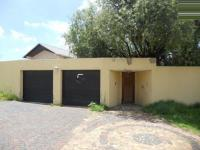 3 Bedroom 2 Bathroom in Northcliff