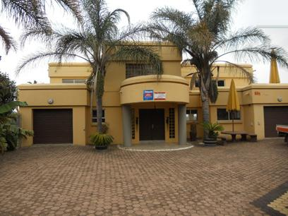 Standard Bank Repossessed 3 Bedroom House for Sale on online auction in Florida Hills - MR036529