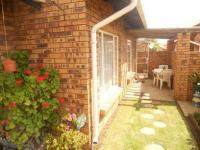 3 Bedroom 2 Bathroom Simplex for Sale for sale in Witfield