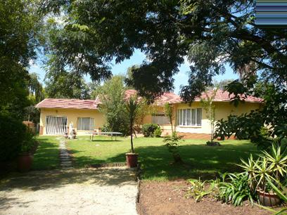 Standard Bank EasySell 5 Bedroom House For Sale in Rynfield - MR036616