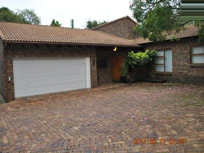 3 Bedroom Cluster for Sale For Sale in Midrand - Private Sale - MR036752