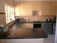 Kitchen - 14 square meters of property in Equestria