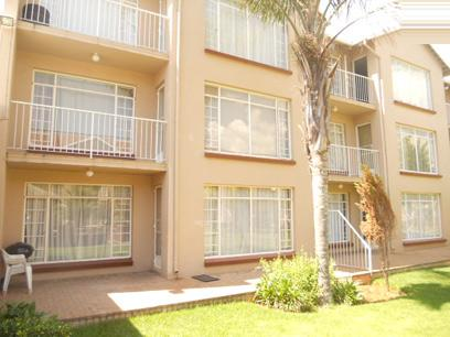 Standard Bank EasySell 2 Bedroom Sectional Title For Sale in Florida - MR036804