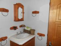 Bathroom 3+ - 18 square meters of property in Rustenburg