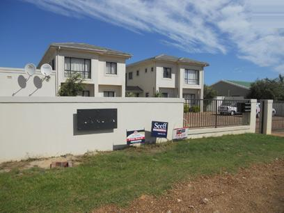 Standard Bank EasySell 3 Bedroom Sectional Title for Sale For Sale in Sand Bay - MR036817