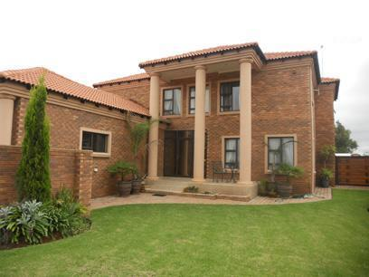 3 Bedroom House for Sale For Sale in Brakpan - Private Sale - MR037083
