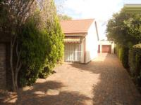 4 Bedroom 2 Bathroom in Vereeniging