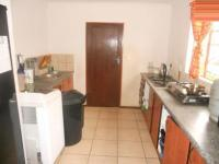 Kitchen - 8 square meters of property in Johannesburg North