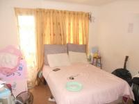 Main Bedroom - 21 square meters of property in Johannesburg North