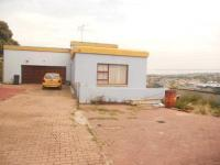 3 Bedroom 2 Bathroom in Johannesburg Central