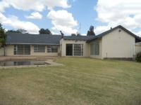4 Bedroom 2 Bathroom in Northcliff