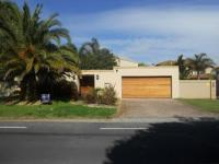 4 Bedroom 4 Bathroom in Milnerton