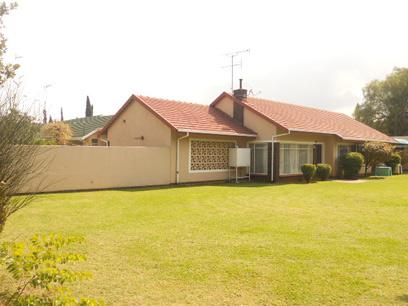 Standard Bank EasySell 4 Bedroom House for Sale For Sale in Brackenhurst - MR038089