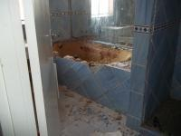 Bathroom 1 of property in Klerksdorp