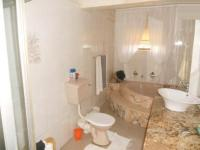 Bathroom 1 - 10 square meters of property in Crosby