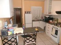 Kitchen - 12 square meters of property in Mondeor
