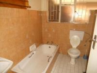 Bathroom 2 - 3 square meters of property in Vereeniging