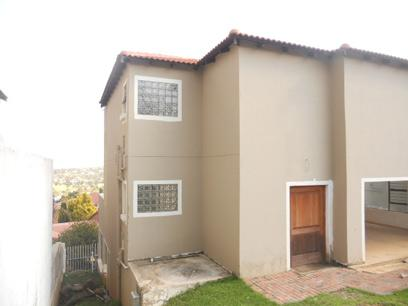 Standard Bank EasySell 3 Bedroom House For Sale in Bassonia - MR038416