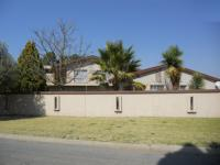 5 Bedroom 3 Bathroom in Welkom