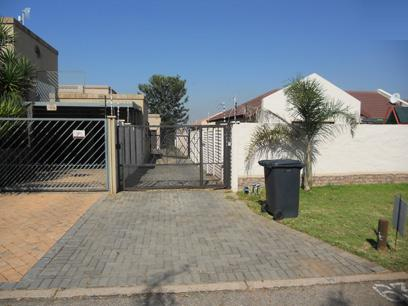 Standard Bank EasySell 3 Bedroom House for Sale For Sale in Moreletapark - MR038728