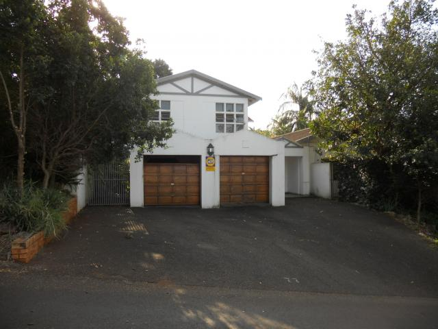 Standard Bank Repossessed 6 Bedroom House for Sale on online auction in Empangeni - MR038747