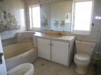 Bathroom 3+ - 8 square meters of property in Empangeni