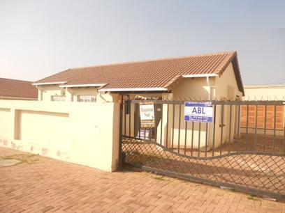 Standard Bank EasySell 3 Bedroom House for Sale For Sale in Ormonde - MR038801